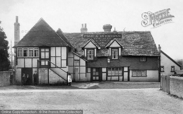 Horley, the Six Bells 1906