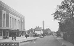 Horley, Victoria Road 1935