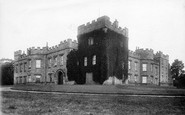 Hornby, the Castle 1896