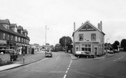 Hornchurch, The Chequers c.1965