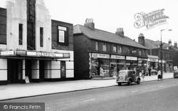 New Road Side And Glenroyal Cinema c.1960, Horsforth