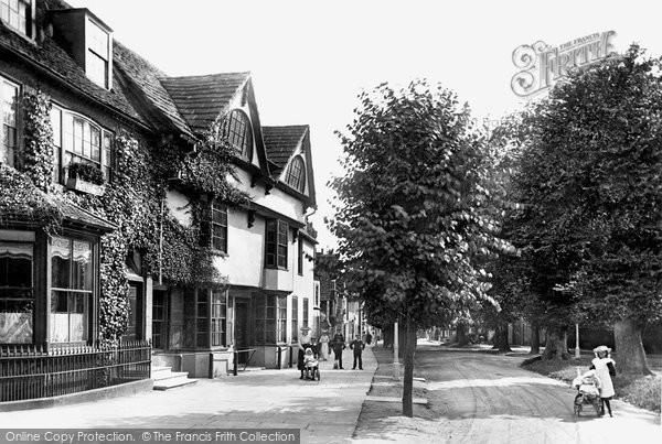 Photo Of Horsham Causeway House The Causeway 1901