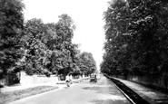 Horsham, North Parade 1930