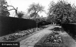 Horsham, Roffey Park, Stone Walk c.1955