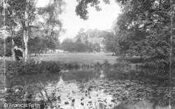 Broadford House And Lake 1904, Horsmonden