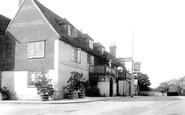 Horsmonden, Gun Hotel  1903