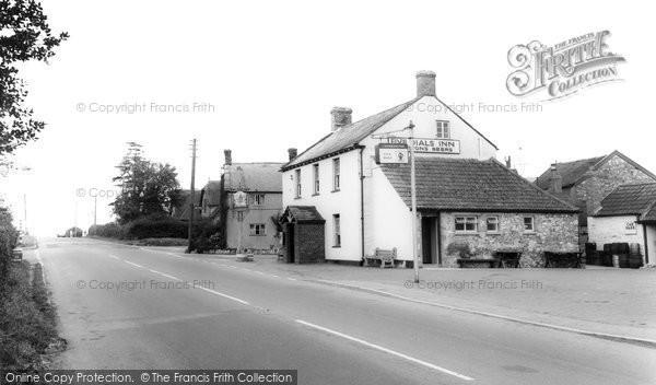 Horton, Five Dials Inn c1965
