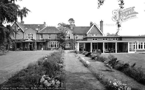 Horton, Gardeners Benevolent Country Home c1960