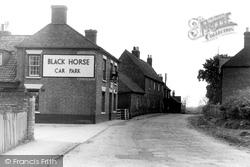 The Black Horse, Bolton Lane c.1955, Hose