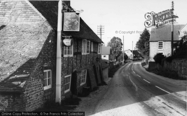 Photo of Houghton, George And Dragon c.1960