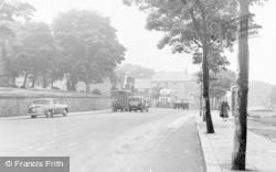 Houghton-Le-Spring, The Broadway c.1960