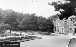 Houghton-Le-Spring, The Park c.1955