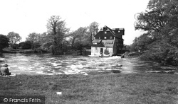 Houghton, The Mill c.1960