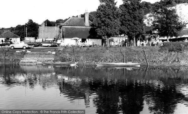 Photo of Houghton, Vinsons Riverside Tea Gardens c.1960