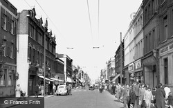 Hounslow, High Street 1955