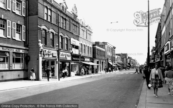 Photo of Hounslow, High Street c.1965