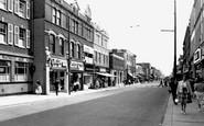 Hounslow, High Street c1965