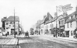 Hounslow, The Broadway c.1905
