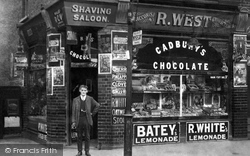 Hounslow, West's Shop, Hanworth Road 1910
