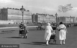 Women On The Promenade 1921, Hove