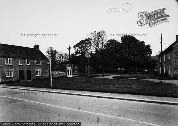 Photo of Hovingham, Market Place c.1955