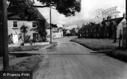 Hovingham, The Cross And Market Place c.1960
