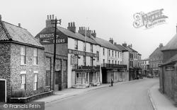Howden, Bridgegate c.1965