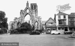 Howden, Church, East View c.1960
