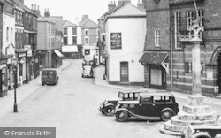 Howden, The Market Place c.1955