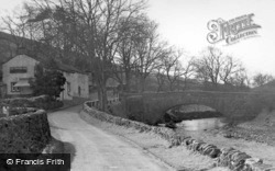 George Inn And The Bridge c.1955, Hubberholme