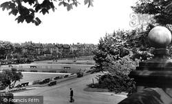 Huddersfield, Bowling Greens And Tennis Court, Greenhead Park c.1960