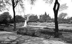 Huddersfield, Greenhead Park c.1960