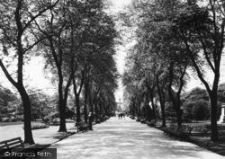 Huddersfield, Main Walk , Greenhead Park c.1955