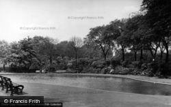 Huddersfield, The Paddling Pool, Greenhead Park c.1960