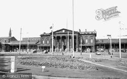 Huddersfield, The Station c.1955