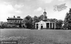 Huddersfield, Tolson Memorial Museum, Ravensknowle Park c.1960