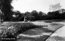 Huddersfield, Tulip Time, Greenhead Park c.1955