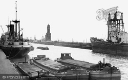 Hull, Albert Dock c.1955, Kingston Upon Hull