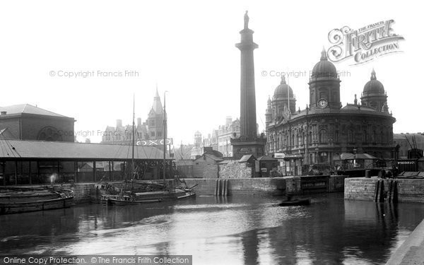 Photo of Hull, Dock Offices And Wilberforce Monument 1903
