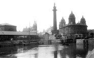 Hull, Dock Offices and Wilberforce Monument 1903