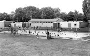 Hull, East Park, the Lido c1965