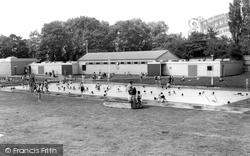 Hull, East Park, The Lido c.1965, Kingston Upon Hull