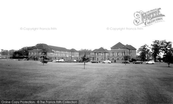 Photo of Hull, Ferens Hall, Hull University c1965, ref. H133123