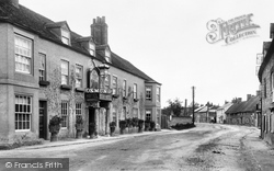Hungerford, Bear Hotel 1903