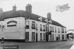 Hungerford, Bear Hotel c.1955