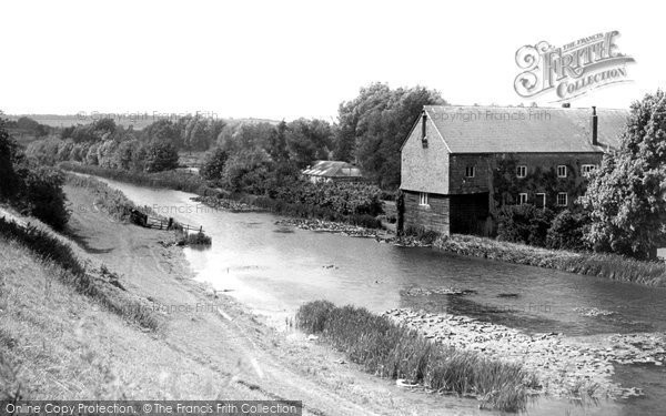 Hungerford,Kennet and Avon Canal and Dunn Mill c1955,Berkshire