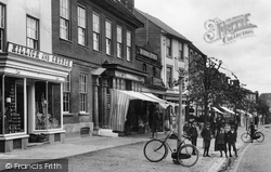 Hungerford, Killick & Church, High Street 1903