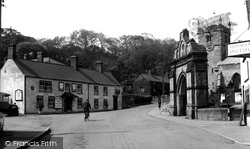 Hunmanby, Church And White Swan Hotel c.1950