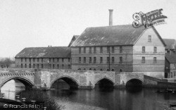 Huntingdon, A View Of The Bridge And Mill 1898