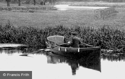 Boating On River Ouse 1907, Huntingdon